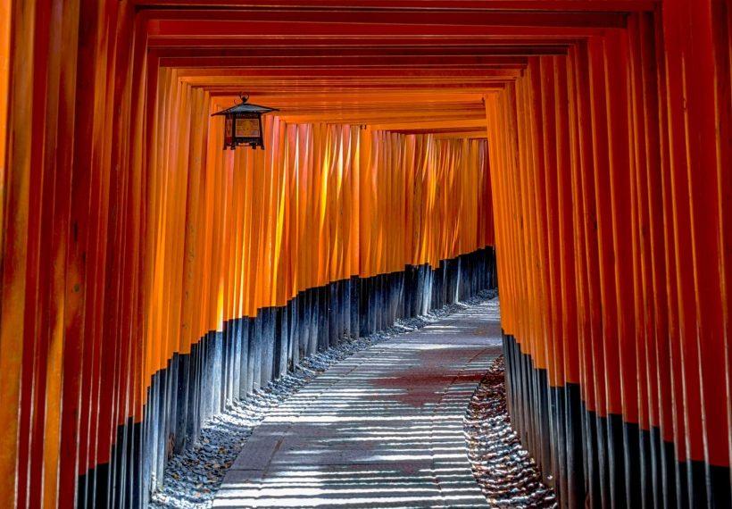 神社の光景